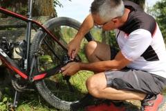 Unser Bikeguide beim Bikefitting